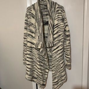 Patterned chunky cardigan